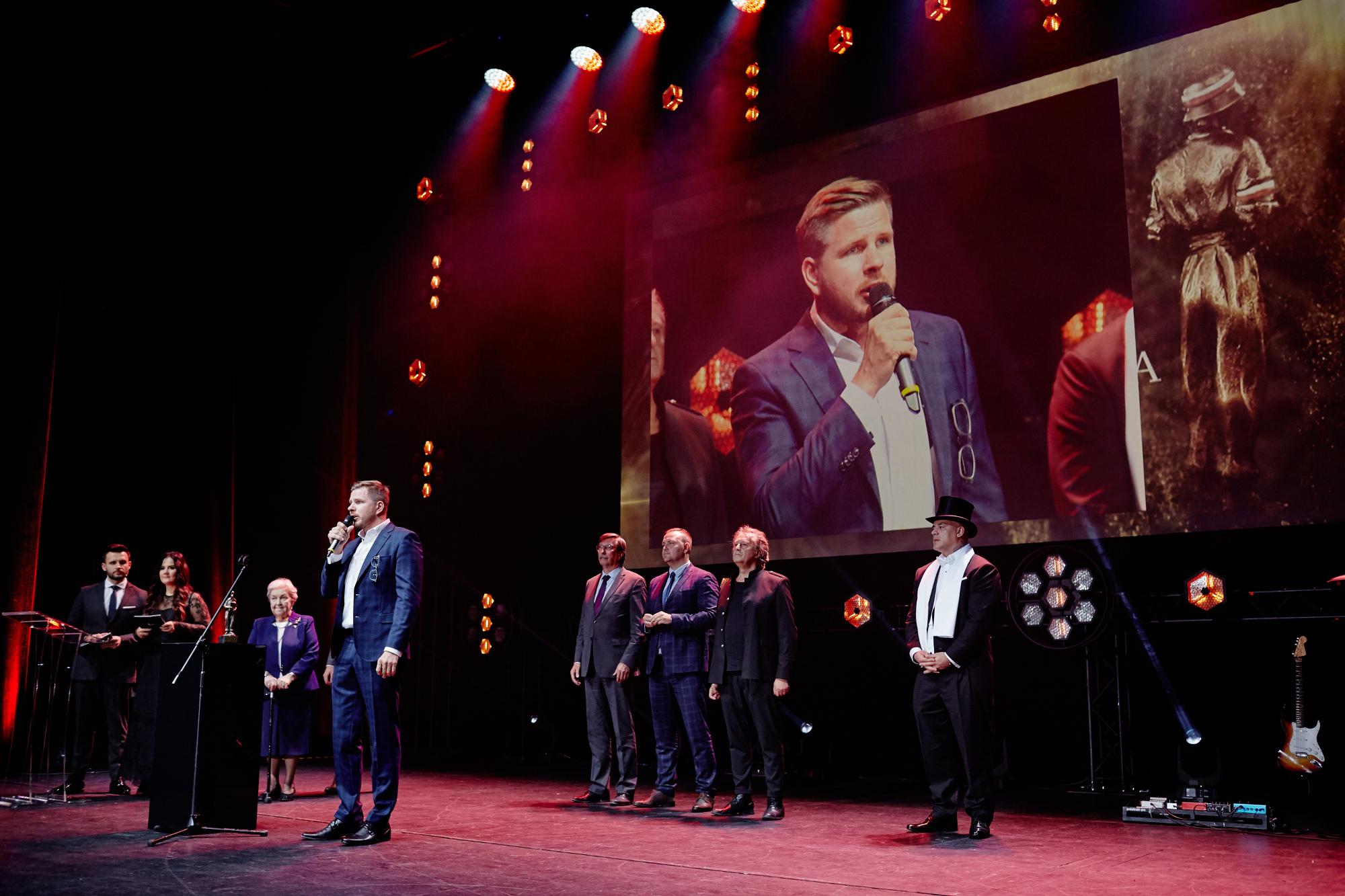 Nagroda_BohaterONy_2019_gala_fot_Michał_Moryl (75)